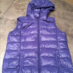 Active Basic packable down vest